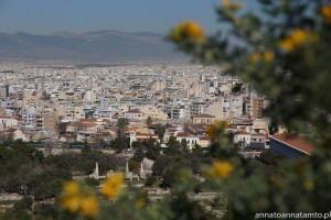 Ateny widok w drodze na szczyt Akropolu