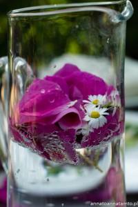 Kwitowe menu-woda kwiatowa