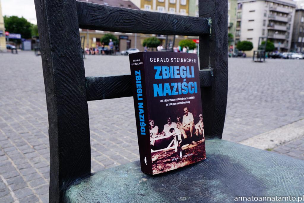 Zbiegli naziści. Jak hitlerowscy zbrodniarze uciekali przed sprawiedliwością