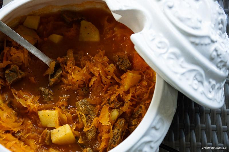 Rosyjska zupa szczi