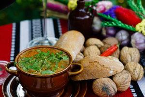 Gruzińska zupa charczo