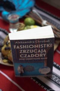 Fashionistki zrzucają czadory-książka