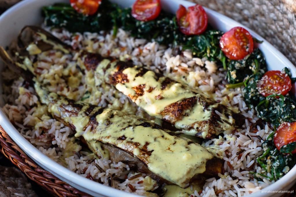 Przepis na makrelę w ostrym sosie curry