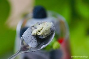 Lody sezamowe